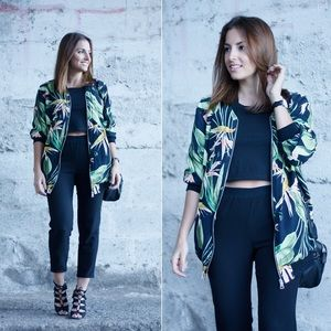 Zara bird of paradise bomber jacket size XS